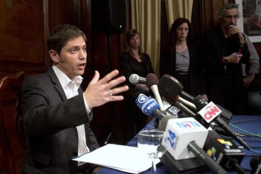 Argentina's Economy Minister Axel Kicillof speaks to the media at a press conference at the Argentine Consulate in New York July 30, 2014. REUTERS/Carlo Allegri