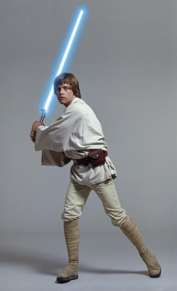 Review Luke Skywalker.jpg