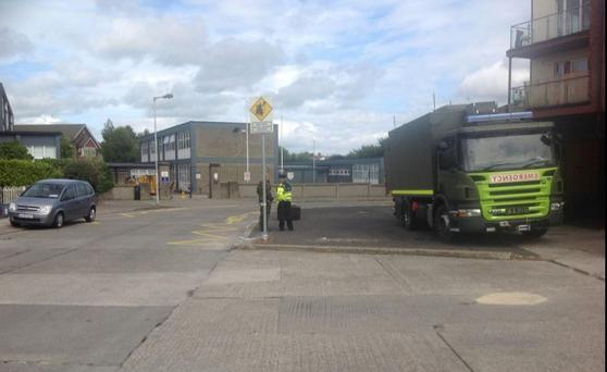 Bomb squad at scene of suspect device at Edenmore in Dublin Credit: Twitter/Conor Feehan