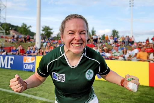 Ireland's Niamh Briggs celebrates victory over New Zealand Mandatory Credit ©INPHO/Dan Sheridan