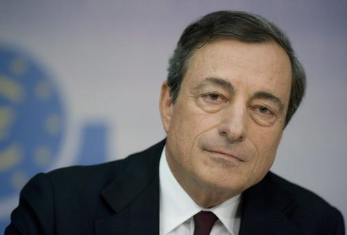 ECB president Mario Draghi warns geopolitical risks could hurt the economic recovery.