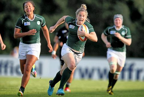 Ireland's Alison Miller runs in for a try against New Zealand. Picture: INPHO/Dan Sheridan