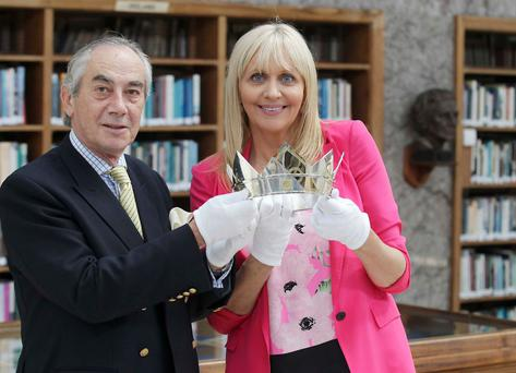Miriam O'Callaghan and Lord Inchiquin pictured with the Brian Boru Millennium Crown was on display at the Horse show in the R.D.S, Dublin this week Pic Stephen Collins/Collins Photos Collins Photos