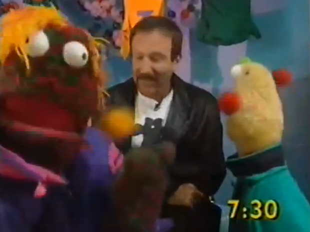 Robin Williams with Zig & Zag on 'The Big Breakfast'