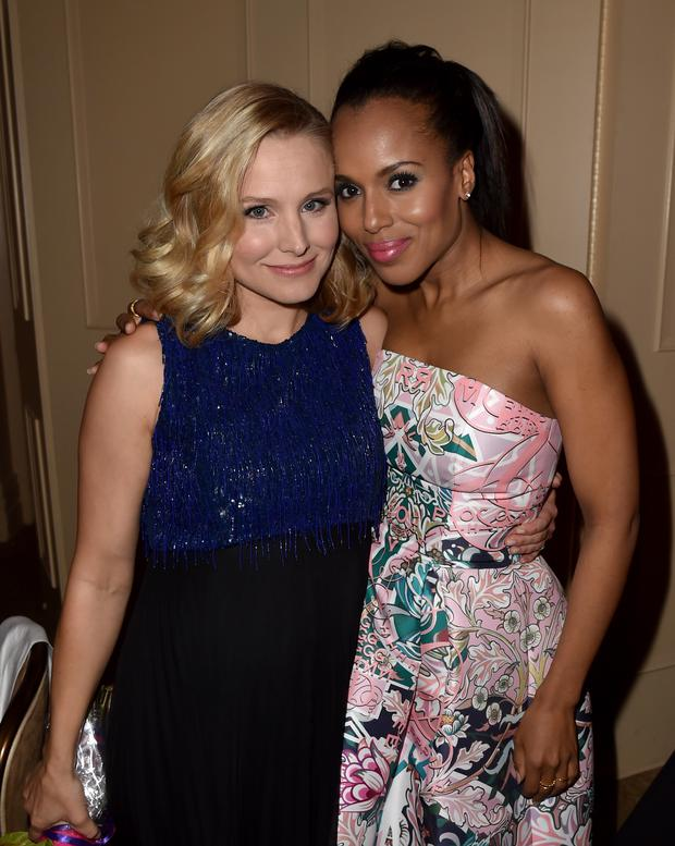 Actors Kristen Bell (L) and Kerry Washington attend the Hollywood Foreign Press Association's Grants Banquet at The Beverly Hilton Hotel