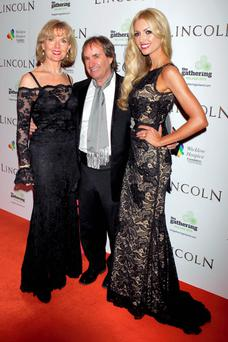 Rosanna, right, with her parents Diane and Chris de Burgh, married 37 years