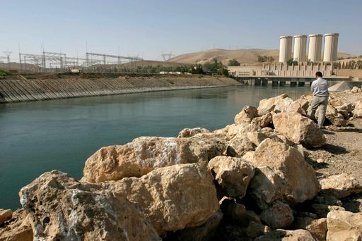 The banks of the Mosul Dam on the Tigris River in Mosul, 390 km (240 miles) northwest of Baghdad. Reuters