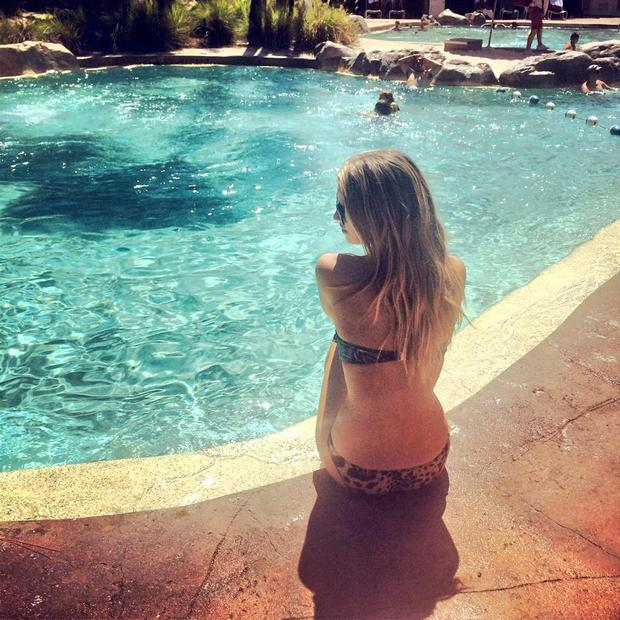 Vogue Williams Finds Time For Bikini Selfies During Disney Family Holiday Independent Ie
