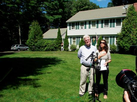 After speaking with U.S. President Barack Obama by phone, John and Diane Foley talk to reporters