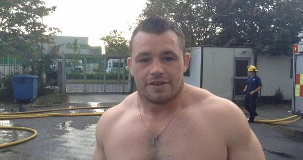 Cian Healy enlisted the help of Blanchardstown Fire Brigade to carry out the Ice Bucket Challenge