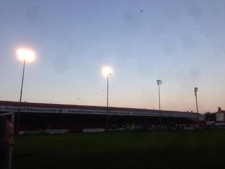 The floodlight failure at Tolka Park tonight. Pic credit: Twitter/@paulohehir