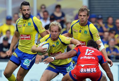 Clermont's fullback Nick Abendanon in action during a 30-26 home win over Grenoble. Photo credit: THIERRY ZOCCOLAN/AFP/Getty Images)