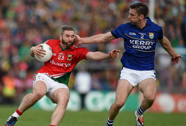 Mayo's Michael Conroy in action against Kerry's Marc O Se in the All Ireland Senior Championship, Semi-Final Replay. Diarmuid Greene / SPORTSFILE