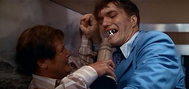 Richard Kiel facing off against Roger Moore in The Spy Who Loved Me