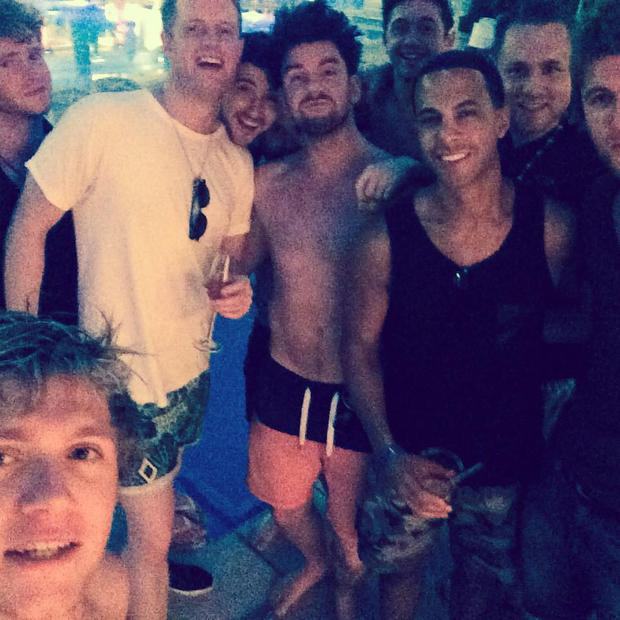 Niall Horan celebrating his 21st with Eoghan McDermott and friends