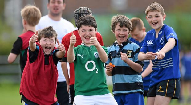 24 April 2014; Participants during the Leinster School of Excellence on tour in Navan RFC, Navan, Co. Meath. Picture credit: Stephen McCarthy / SPORTSFILE
