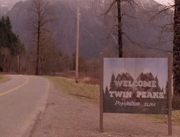 twin peaks population.PNG