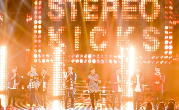 Stereo Kicks performing