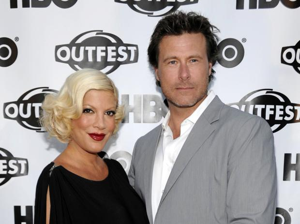Tori Spelling, left, and actor Dean McDermott