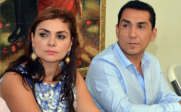 Jose Luis Abarca pictured with his wife Maria de los Angeles Pineda Photo: AP