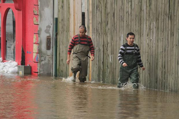 Pics of flooding in Enniscorthy taken by Ger Lacey and Ger Hore
