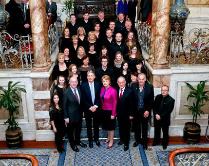Fifth Iveagh House Commemorative lecture Former President, Professor Mary McAleese. Picture shows, from left, Minister for Foreign Affairs and Trade, Charlie Flanagan, TD , British Foreign Secretary, Rt Hon Philip Hammond MP , former President, Professor Mary McAleese and her husband Dr Martin Mc Aleese with the Island of Ireland peace choir.