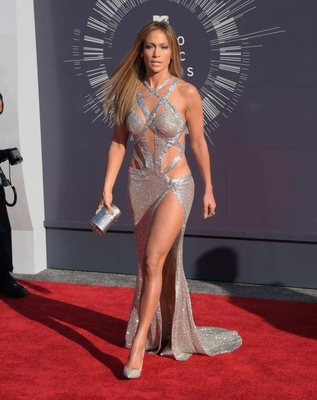 When she looked like the 2000 Grammys at the 2014 VMAs.