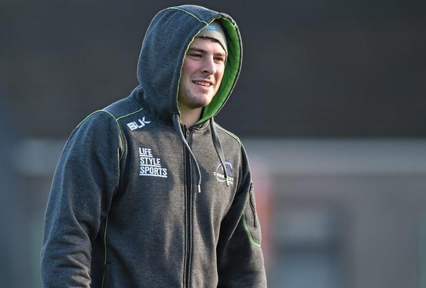 Robbie Henshaw wrapped up against the cold.