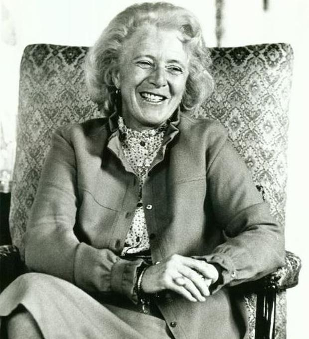 Dr Maeve Hillery