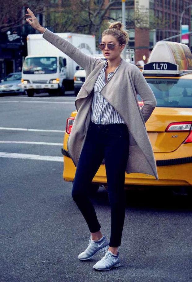 When she hailed a cab like this.