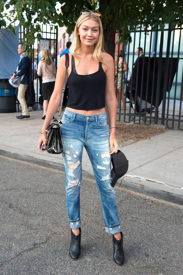 57458db615b Even Candice Swanepoel has a  girl crush  on Gigi Hadid - Independent.ie