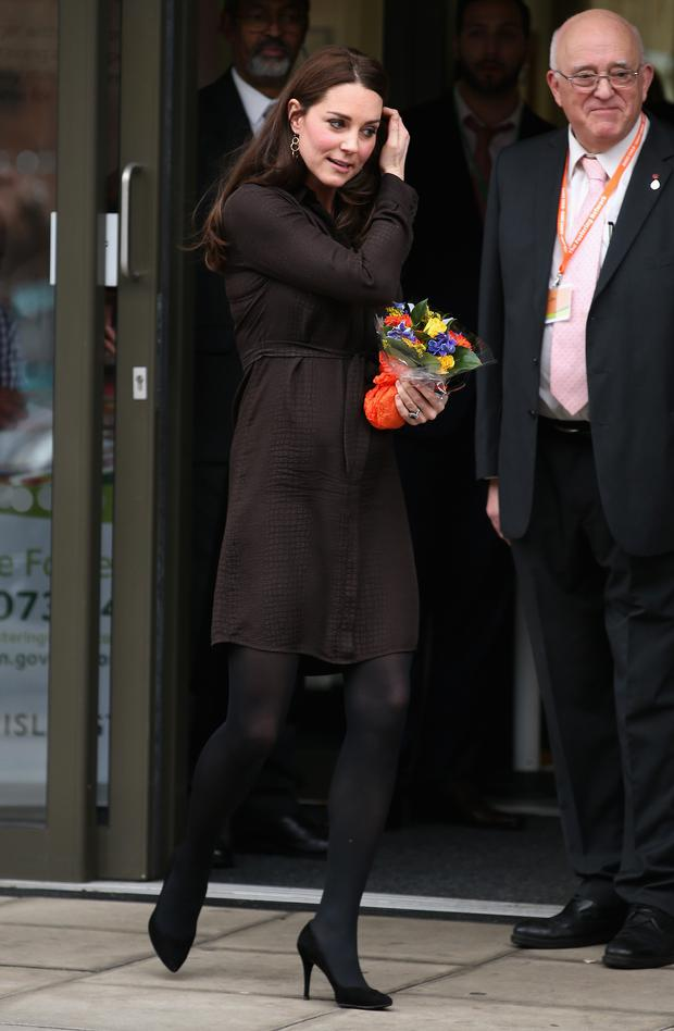 LONDON, ENGLAND - JANUARY 16: Catherine, Duchess of Cambridge leaves an event hosted by The Fostering Network to celebrate the work of foster carers in providing support to vulnerable young people on January 16, 2015 in London, England. (Photo by Chris Jackson/Getty Images)