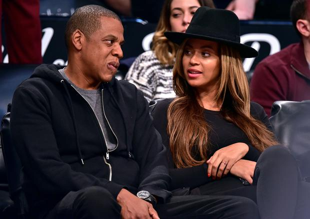 NEW YORK, NY - JANUARY 12: Jay-Z and Beyonce Knowles attend the Houston Rockets vs Brooklyn Nets game at Barclays Center on January 12, 2015 in New York City. (Photo by James Devaney/GC Images)