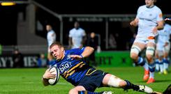 Sean Cronin goes over unopposed to score his side's fourth try against Castres whose tackle count was well short of what Leinster will experience against Wasps. Photo: Stephen McCarthy / SPORTSFILE