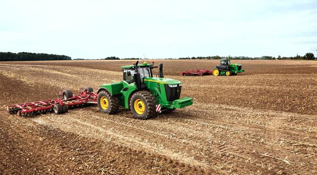 Rated from 420hp to 620hp see John Deere's 9R series in action