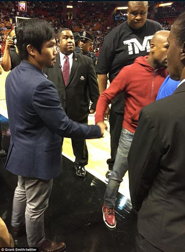 Mayweather and Pacquiao meet in Miami