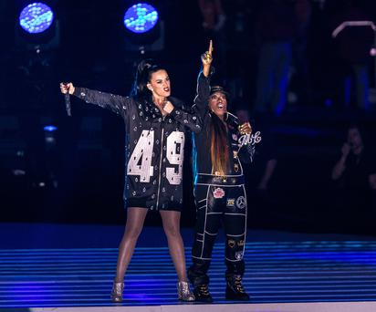 GLENDALE, AZ - FEBRUARY 01: Recording artists Katy Perry and Missy Elliott perform onstage during the Pepsi Super Bowl XLIX Halftime Show at University of Phoenix Stadium on February 1, 2015 in Glendale, Arizona. (Photo by Christopher Polk/Getty Images)