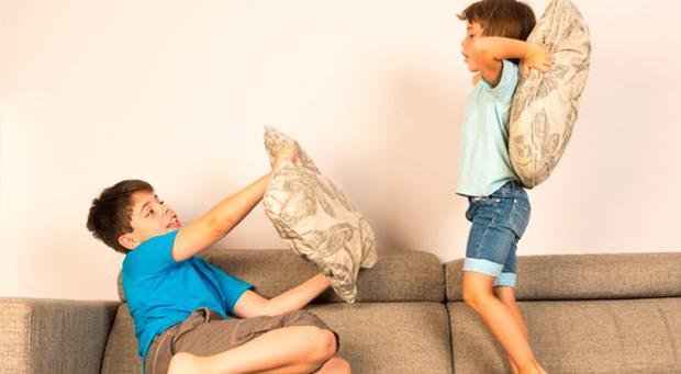 Children fighting at home