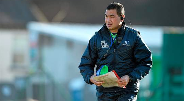 21 January 2015: Connacht head coach Pat Lam during squad training. Connacht Rugby Squad Training, The Sportsground, Galway. Picture credit: Diarmuid Greene / SPORTSFILE