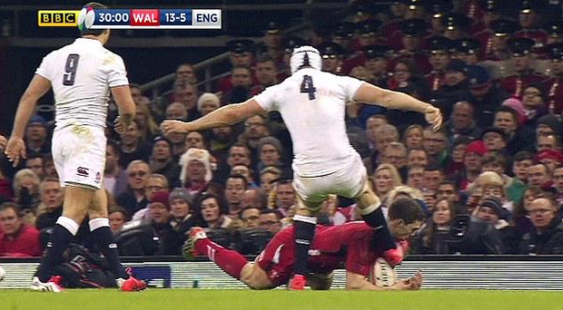 George north receives a nasty blow to the head
