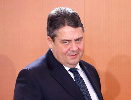 German Economy Minister Sigmar Gabriel has rejected calls by Greece's new prime minister for Berlin to pay reparations for World War II damages