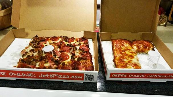 Jet's Pizza Facebook page