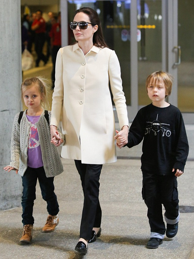 Angelina Jolie lands at LAX Airport with twins Vivienne and Knox