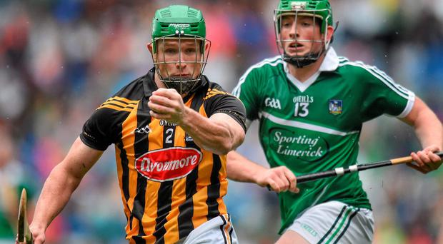 Paul Murphy, Kilkenny, in action against Shane Dowling, Limerick