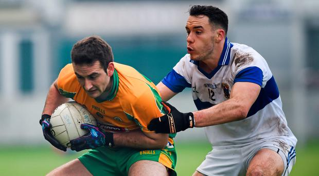14 February 2015; Alan Burke, Corofin, in action against Shane Carthy, St Vincent's. AIB GAA Football All-Ireland Senior Club Championship, Semi-Final, Corofin v St Vincent's. O'Connor Park, Tullamore, Co. Offaly. Picture credit: Ray McManus / SPORTSFILE