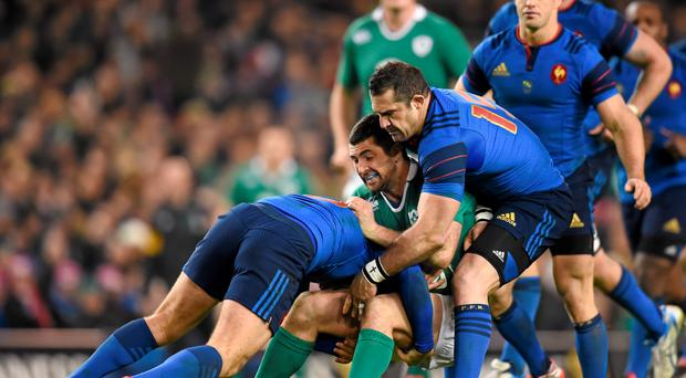 14 February 2015; Rob Kearney, Ireland, is tackled by Camille Lopez, left, and Scott Spedding, France. RBS Six Nations Rugby Championship, Ireland v France. Aviva Stadium, Lansdowne Road, Dublin. Picture credit: Stephen McCarthy / SPORTSFILE