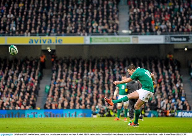 14 February 2015; Jonathan Sexton, Ireland, kicks a penalty to put his side up early in the first half. RBS Six Nations Rugby Championship, Ireland v France. Aviva Stadium, Lansdowne Road, Dublin. Picture credit: Brendan Moran / SPORTSFILE