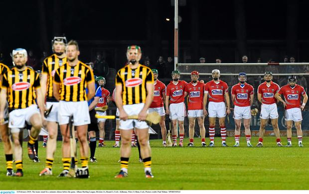 14 February 2015; The teams stand for a minutes silence before the game. Allianz Hurling League, Division 1A, Round 1, Cork v Kilkenny. P?irc U? Rinn, Cork. Picture credit: Paul Mohan / SPORTSFILE