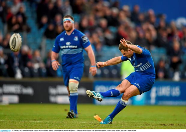 15 February 2015; Jimmy Gopperth, Leinster, kicks a first half penalty. Guinness PRO12, Round 14, Leinster v Newport Gwent Dragons. RDS, Ballsbridge, Dublin. Picture credit: Stephen McCarthy / SPORTSFILE