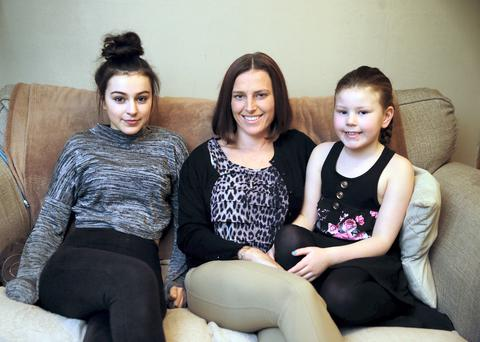 Lynn Ruane pictured with her daughters Jordanne (14) and Jaelynne (8). Photo: Arthur Carron